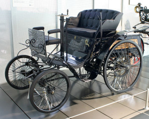 Первый автомобиль